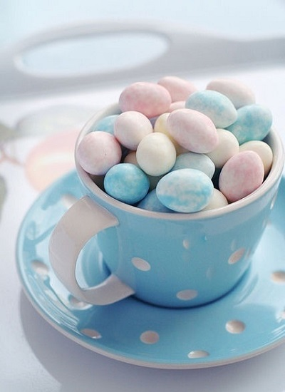 mug of mini chocolate eggs