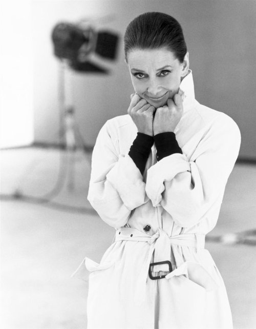 The Art Of The Classic Trench Coat - Audrey Hepburn