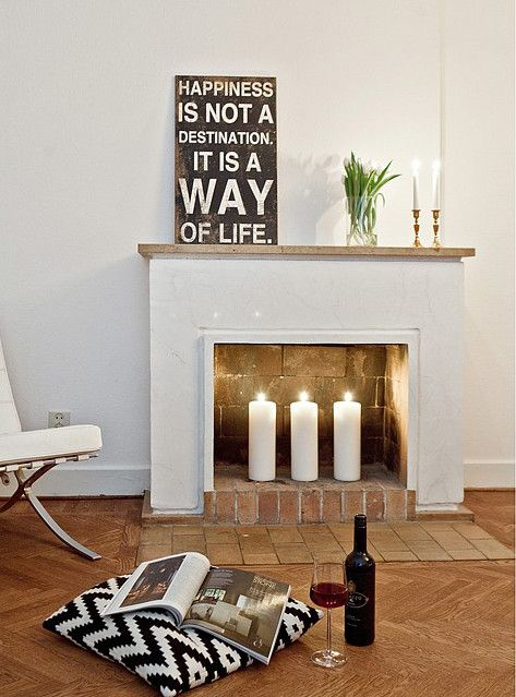 Decor Wish List: A Fireplace & Cozy Candles