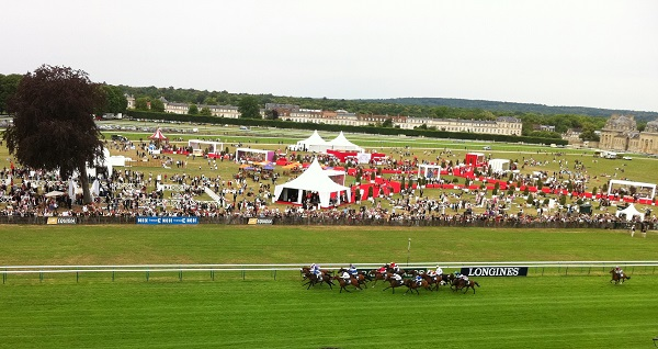 A Day At The Horse Races in France