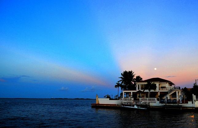 kw rw sunset moon