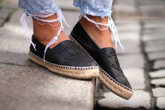 espadrilles black chanel