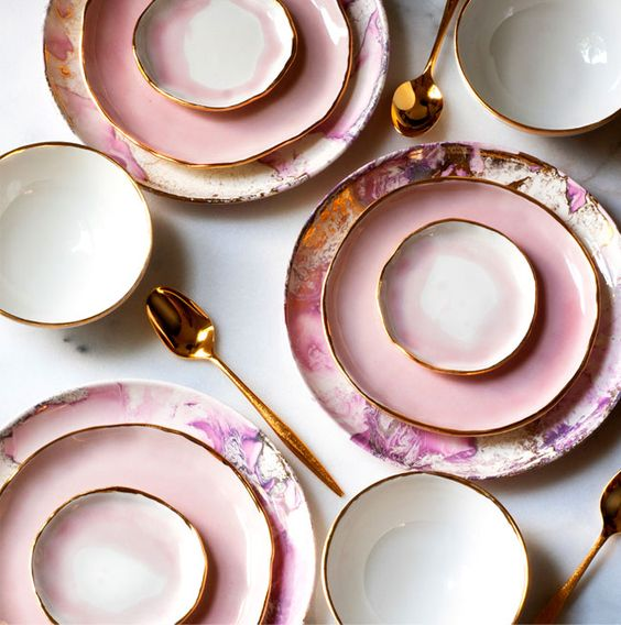 pink dishes